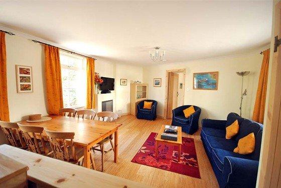 hydrangea livingroom 0313