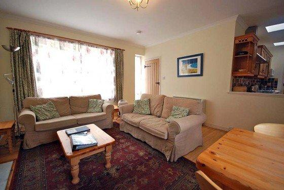 rose livingroom 2 0612